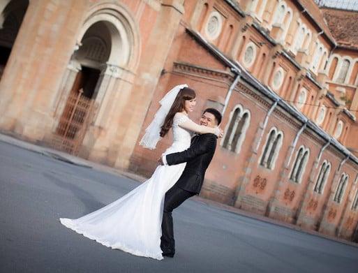 Shop cho thuê vest cưới đẹp uy tín nhất tại Sài Gòn