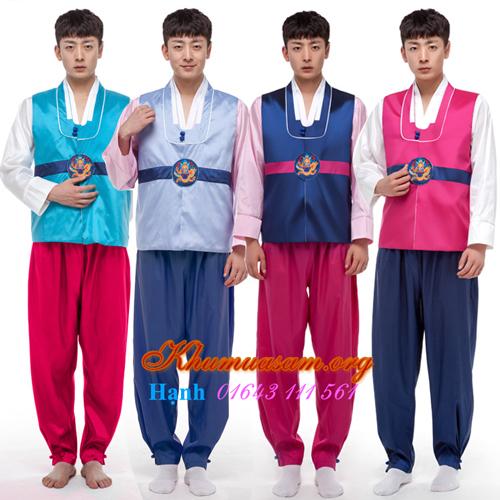 cho-cho-thue-trang-phu-hanbok-o-tphcm-1